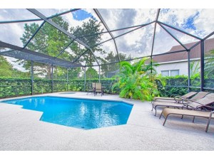 6 BR/3.5 BA Windsor Palms Home